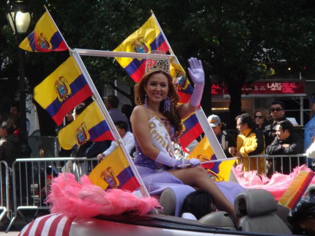 20071014-hispanic-columbus-day-62-ecuadorian-beauty-queen.jpg