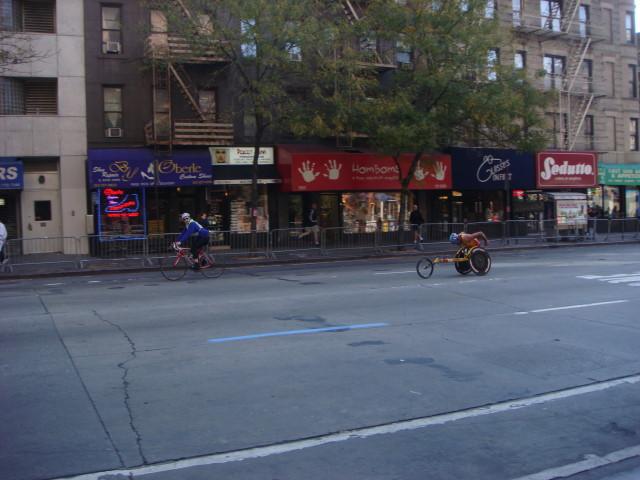 20071104-ny-marathon-03-second-wheelchair-at-1104am.jpg