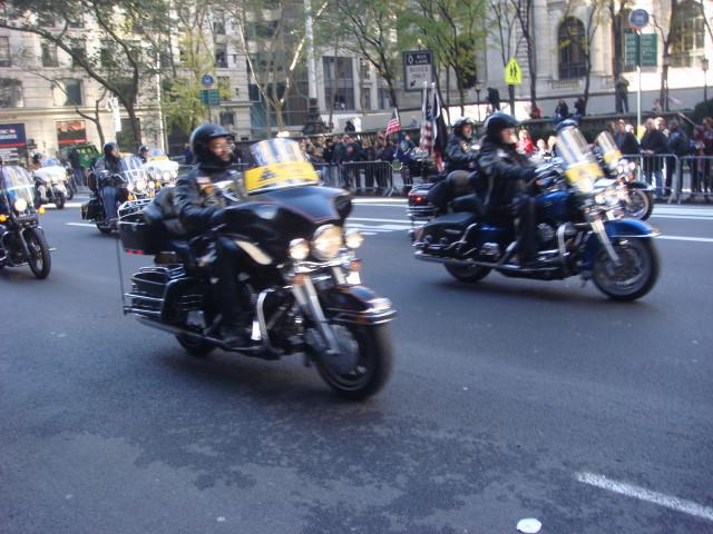 20071111-veterans-day-parade-09-patriot-guard-riders.jpg
