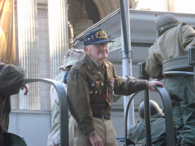 20071111-veterans-day-parade-21-duck-vet.jpg