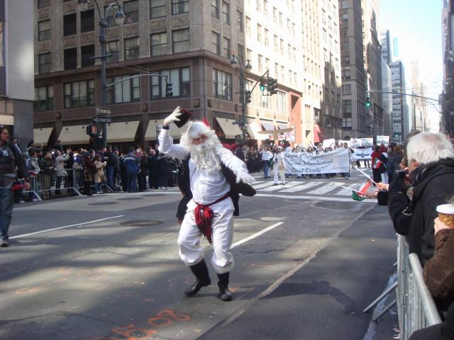 20080330-persian-day-parade-05-santa-style-figure.jpg