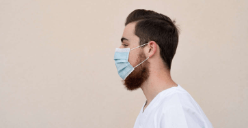 © Provided by Gentside Take care of the beard while wearing the mask