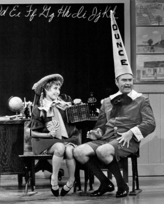Jane Powell and Red Skelton on the Red Skelton Show in 1968