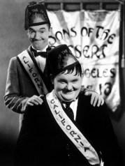 Sons of the Desert (1933) starring Stan Laurel, Oliver Hardy, Charlie Chase, Mae Busch