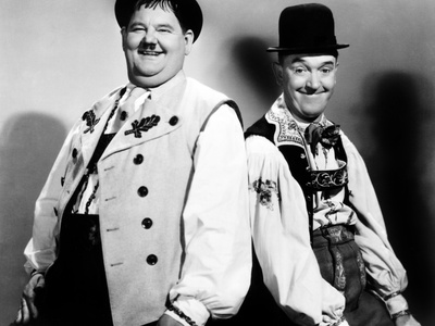 Movie review of Laurel and Hardy's Swiss Miss, starring Stan Laurel, Oliver Hardy, with Eric Blore, Walter Woolf King, Grete Natzler