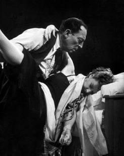 Buster Keaton dancing