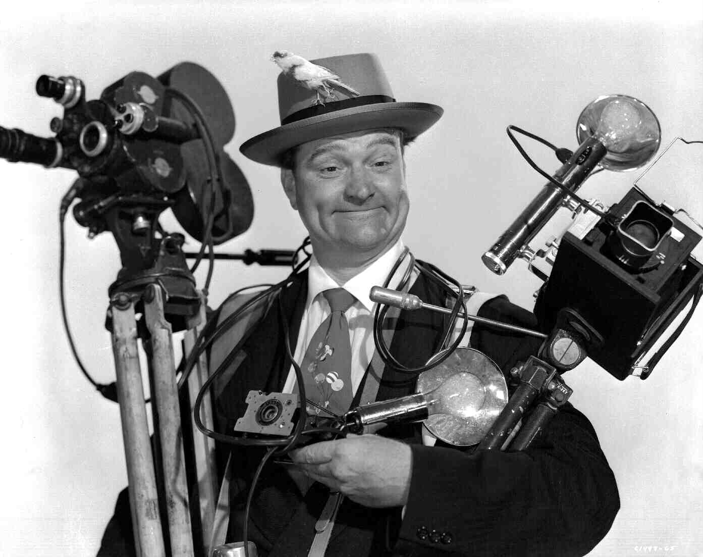 Watch the Birdie - Red Skelton with cameras