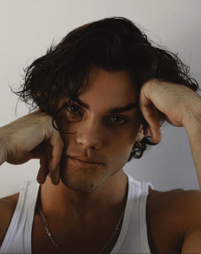 Grayson Dolan Net Worth, Height, Weight, Bio, Age, Facts