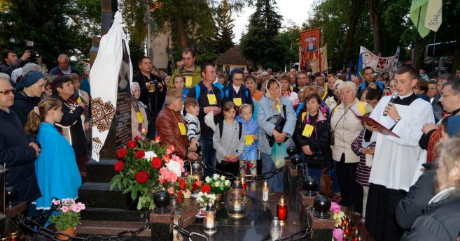 Eighth Pilgrimage To The Tomb Of Blessed Martha Wiecka