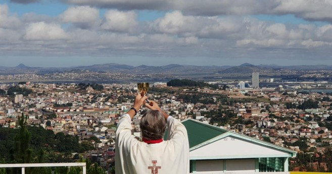 Fr. Opeka Celebrates the Eucharist for All the People of Antananarivo