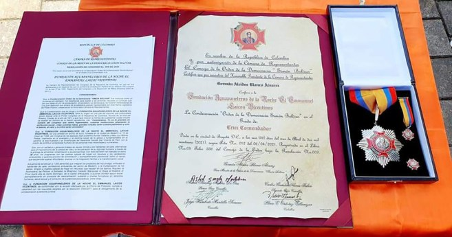 """""""Aguapanaleros of the Night receives an award from the Congress of the Republic of Colombia"""