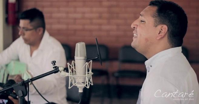 Cantemos al Amor de los amores