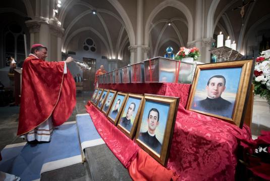 inhumacion martires 15