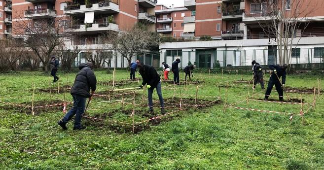 Cultivamos la integración: flores y frutas en la tierra de asilo