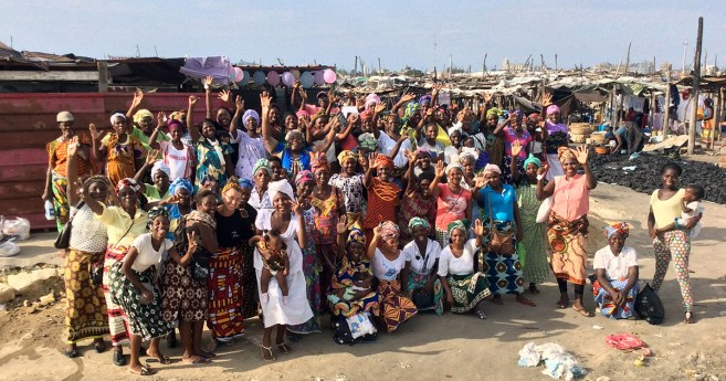 Cristina Aranguren: «La mujer es el motor de la economía y de la familia en Angola»