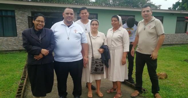 Las Hijas de la Caridad visitan la Fundación Ángel de Amor, en Costa Rica