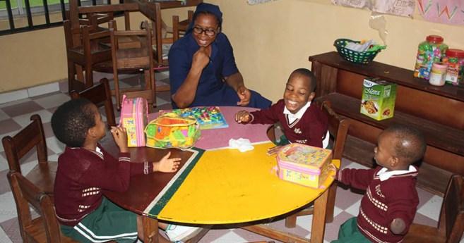 Las Hijas de la Caridad en Nigeria brindan educación inclusiva a niños con y sin discapacidades