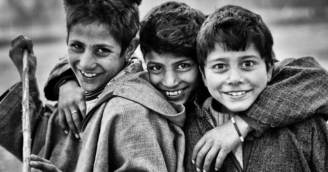 La charité avec un sourire