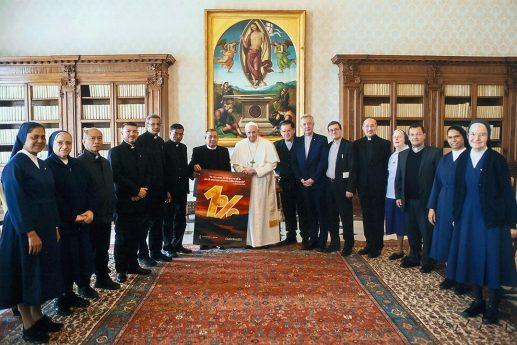 Udienza dei membri della Curia Generalizia con Papa Francesco