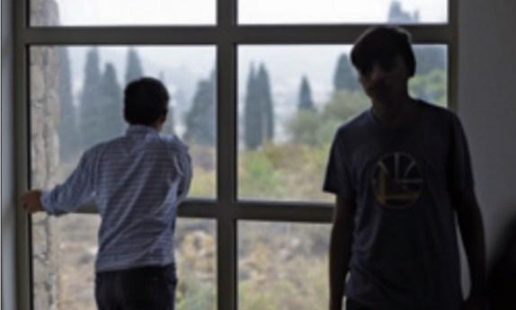 Explorados e sem voz, menores refugiados enfrentam violência e abusos