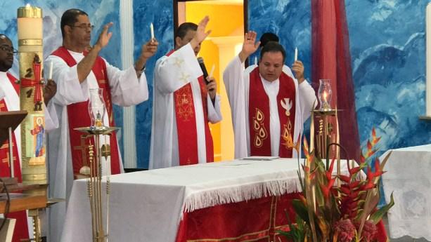 Pentecostes vicentino é celebrado mais uma vez no Distrito Federal (Brasil)