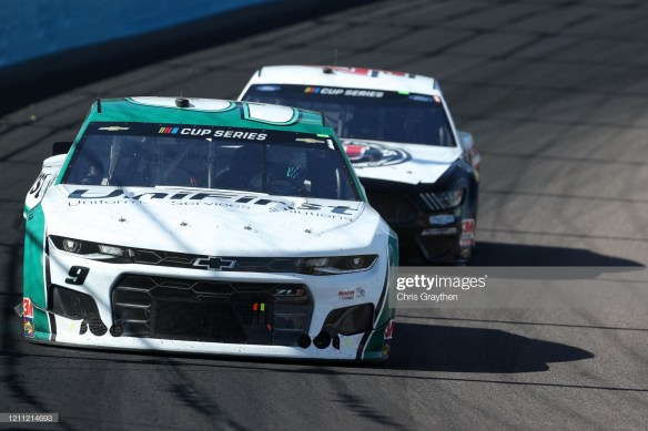 Chase Elliott in the FanShield 500 at Phoenix Raceway on Sunday, March 8, 2020