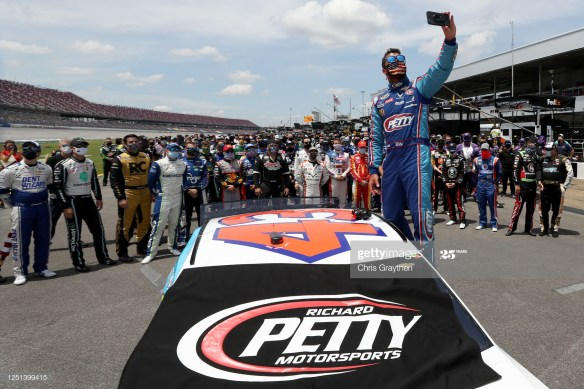 NASCAR Investigation Confirms Noose in the No. 43 garage of Petty Motorsports driver Bubba Wallace was not a hoax before the GEICO 500 at Talladega Superspeedway.