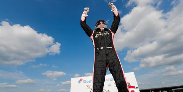 Newgarden staves off O'Ward in the NTT IndyCar Bommarito Automotive Group  500 Race 2 at WWT Raceway at Gateway on Sunday.