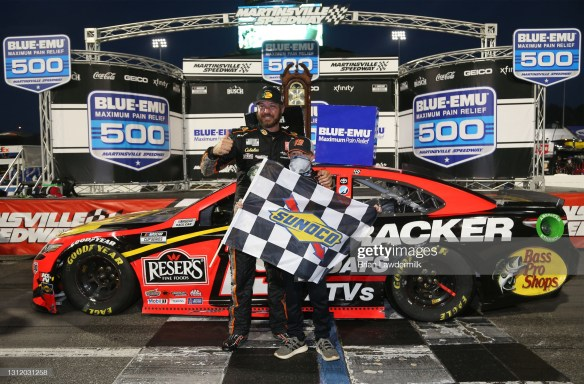 Martin Truex Jr outduels Hamlin for Martinsville Speedway win in the Blue-Emu Maximum Pain Relief 500 on Sunday afternoon after a rain-delay.
