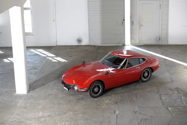 Toyota 2000 GT by radical-mags.com