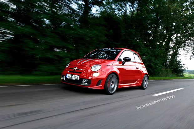 Abarth 695 tributo Ferrari by marioroman pictures