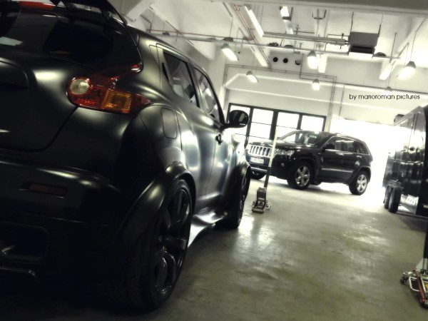 Jeep Grand Cherokee CRD & Nissan Juke R by marioroman pictures