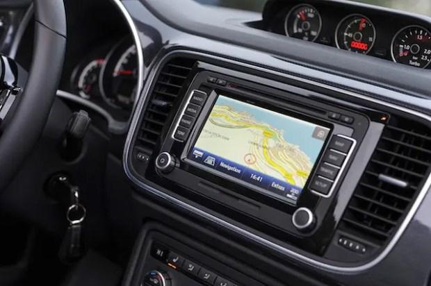 Übersichtliches Navigationssystem im neuen Beetle Cabrio