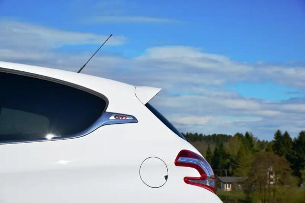Peugot 208 GTi - Fanaticar Magazin