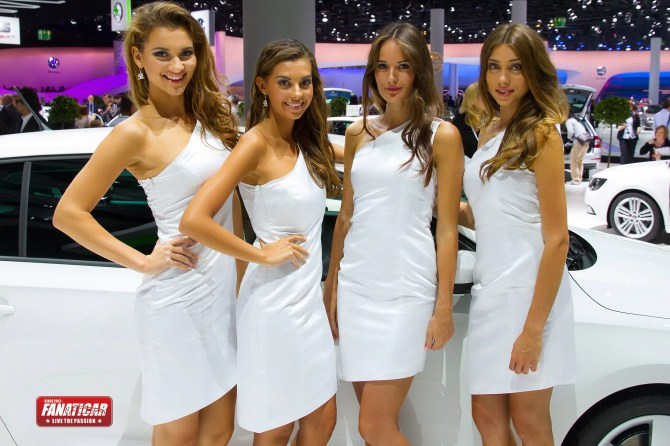 Girls of IAA 2013 - Fanaticar