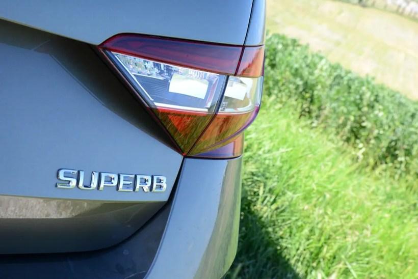 2016 Skoda Superb Limousine | Fanaticar Magazin