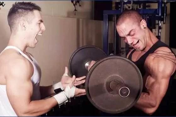 Quanto tempo de academia para ver resultado fazendo treino de musculação