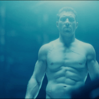 Jai Courtney as Kyle Reese shirtless/naked in Terminator Genisys