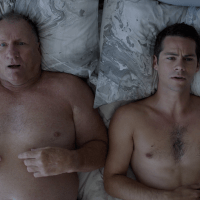 "Dylan O'Brien as Stu and Ed O'Neill as Burt shirtless in Weird City 1x01 ""The One"""