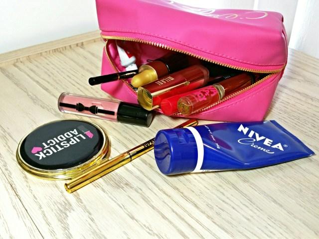 What's in my makeup bag - Forever 21 Pink C'est La Vie Faux Leather Makeup Pouch