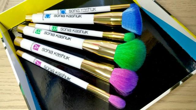 New Sonia Kashuk Art of Makeup ABC Six Piece Brush Set!