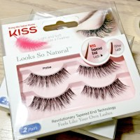 Drugstore Obsessions: Kiss Poise Looks So Natural Lashes
