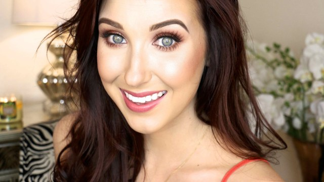 Becca Jaclyn Hill Shimmering Skin Perfector