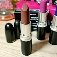 MAC Stone Lipstick Review