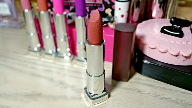 Maybelline Nude Nuance Color Sensational Matte Lipstick
