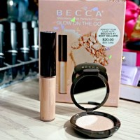 Becca Shimmering Skin Perfector Glow on the Go Set Swatches