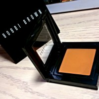 Bobbi Brown Camel Eye Shadow Review