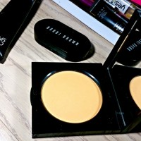 Bobbi Brown Golden Orange Sheer Finish Pressed Powder Review
