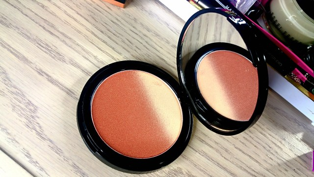 NYX Nude to Me Ombre Blush