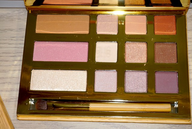 Tarte x Grav3Yard Girl Swamp Queen Palette